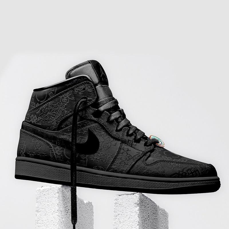 all black 700s
